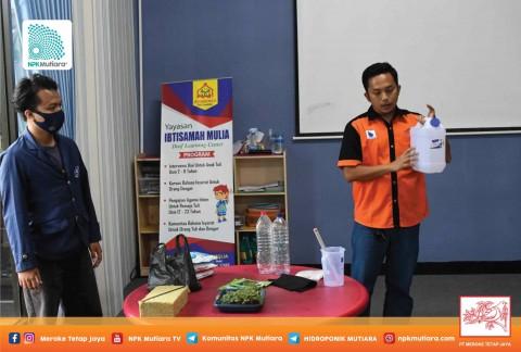 Squad Mutiara Serahkan Donasi Instalasi Hidroponik ke Warga Jatiluhur Bekasi